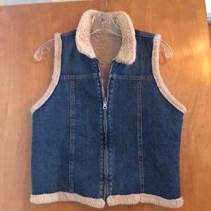 Reversible Denim Sherpa zippered sleeveless vest